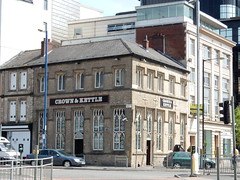 Crown and Kettle (deltrems) Tags: city bar manchester restaurant hotel pub inn centre kettle tavern crown hostelry crownandkettle