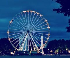 Tourne la roue~Turning wheel . (France-) Tags: blue france wheel night bordeaux bleu ferriswheel nuit roue 1016