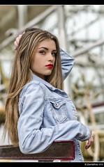Aily - 1/4 (Pogdorica) Tags: chica retrato modelo rubia denim sesion vaquero matadero posado