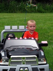 IMG_5943 (kennethkonica) Tags: life summer people usa black green face grass kids america canon children midwest driving sitting child random outdoor indianapolis seat smiles indy indiana sit dodge persons seated global hoosiers canonpowershot marioncounty ramtough