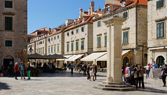 Dubrovnik, la colonne de Roland (Vincent Rowell) Tags: raw sonyimagedataconverter croatia dubrovnik column oldtown balkans2016