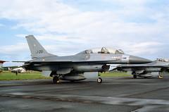 ALAN_POTTS_19870530_0021 (Spuggs) Tags: ayr ayrshire uk gbr glasgowprestwickairport prestwickairport hmsgannet pik egpk prestwickairshow airshow j261 generaldynamicsf16b f16b fightingfalcon royalnetherlandsairforce rnethaf klu koninklijkeluchtmacht 332sqn 332squadron jet aircraft alanpotts hasselbladx5