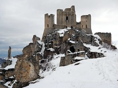 "Rocca Calascio in snow • <a style=""font-size:0.8em;"" href=""http://www.flickr.com/photos/41849531@N04/17183776490/"" target=""_blank"">View on Flickr</a>"