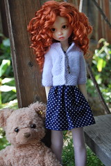 Cousins (Emily1957) Tags: light toy toys nikon gracie doll dolls kitlens naturallight polkadots teddybear bjd steiff nikond40 kayewiggs vintagesteiff