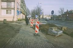 B005838-R1-05-6 (eme42) Tags: 35mm streetphotography poland filmcamera kiev35a lodz expiredfilm kodakgoldultra