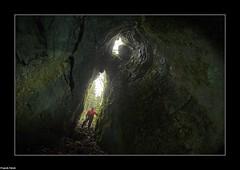 Puits ouvert dans une doline rocheuse (inedit) Bief des Laizines - Dournon - Jura (francky25) Tags: des jura karst franchecomt dans une puits ouvert rocheuse inedit doline bief dournon laizines