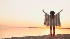31 (SiberianImages) Tags: sunset summer sun holiday beach nature girl hat is dance warm russia hippie poncho