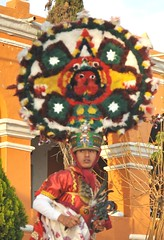 Headdress Danza de la Pluma Oaxaca (Teyacapan) Tags: mexico headdress regalia zapotec danzante danzadelapluma