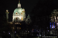 Karlskirche (alejandromontesgarcia) Tags: vienna building church night catholicchurch baroque baroquechurch