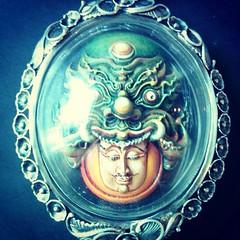 สุดยอดพญาราหู เนื้อเรซิ่น ต้นแบบราหู อาจารย์เฉลิมชัยฯ ผลงานระดับ Masterpiece สวยล้ำ เพิ่มความอลังการด้วยการเพนต์สีสวย จากศิลปินจากศิลปากรชื่อดังอันดับ 1 ของไทย เลี่ยมกันน้ำ พร้อมกรอบเงินแบบทำมือ สวยล้ำ