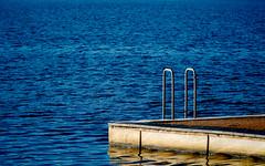 Ladder (Macr1) Tags: camera copyright water lens sony sunny australia location kingston ladder minimalism act lbg conditions australiancapitalterritory lakeburleygriffin minimaist markmcintosh macrsscavengerhunt macr237gmailcom selp18105g 5100 markmcintosh sonyepz18105mmf4goss ilce5100 sonyilce5100 sony5100