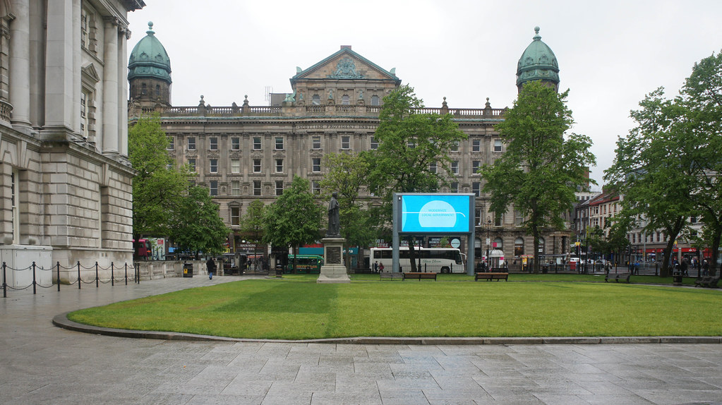 A VISIT TO BELFAST CITY HALL [ MAY 2015] -104752