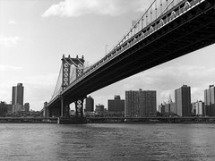 Manhattan Bridge (Carl Hall Photography) Tags: nyc newyorkcity newyork brooklyn mediumformat bronica manhattanbridge ilford fp4 ilfordfp4 bronicaetrs catfilm broncia75mmeii