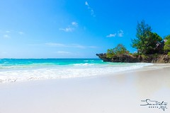 The amazing white sands beach of Chale (The Sands Kenya) Tags: ocean africa beach island kenya indian diani