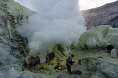 Arrangement of pipes and barrels presumably to accumulate the sulphur (JohnMawer) Tags: indonesia volcano java jawatimur ijen sempol