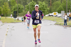IMG_3279eFB (Kiwibrit - *Michelle*) Tags: school for high maine travis augusta miles mills 5k 2016 cony 053016