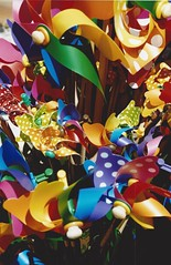 toys (omnia_mutantur) Tags: jouets toys brinquedos juguetes giocattoli girandole colori colors colores couleurs cores