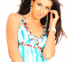 South Actress SANJJANAA Photos Set-9 (2)