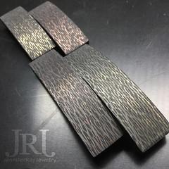 "Some new carbon fiber pieces: Brass & Copper I think I'm going to call this line ""Heavy Metal"" #jenniferrayjewelry #jrjcarbon #carbonfiber #brass #copper #heavymetal #jewelry #mensfashion #armcandy #bracelet #mensgear #unstagram #usn #pewpew #dailybadass (JenniferRay.com) Tags: ray jennifer jewelry carbon custom fiber exclusive paracord jrj instagram"