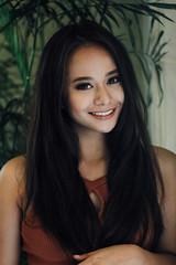 Saturated Sunlight (jazz-srm) Tags: canon 600d lightroom portrait self yellow orange philippines filipina ootd