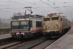 470+269 (firedmanager) Tags: locomotive caf mitsubishi locomotora ferrocarril renfe 269 470 automotor railtransport renfeoperadora irurzun renfemercancías