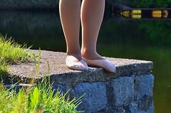 U vody (035) (Merman cviky) Tags: ballet socks tights socken pantyhose slipper nylon slippers spandex lycra medias nylons balletslippers strumpfhose strumpfhosen ballerinas collant collants cviky ballettschuhe schlppchen ballettschuh ballettschlppchen elastan pikoty punoche