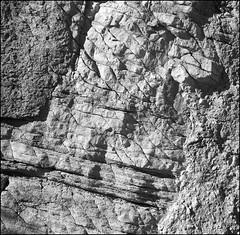 Sigmoide (Jos Manuel Jurez) Tags: stand delta 400 geology rodinal ilford 1100 geologia isolette apotar