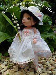 et du bonheur toute l'année !!! (mmarple62) Tags: toy doll handmade robe chapeau abc bjd tilda muguet jouet lilyofthevalley poupée souliers legging châle 1ermai faitmain fêtedutravail goodreau goodreauabc