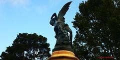 El ngel Cado. El Retiro. Madrid (Carlos Vias-Valle) Tags: escultura retiro angelcaido querol