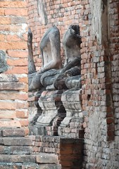 Peeking Through a Gap (mikecogh) Tags: headless temple ruins buddhist bricks gap culture statues damaged wat buddhas ayutthaya watchaiwattanaram