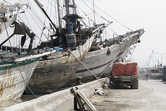 Tanjung Priok (Mathijs Buijs) Tags: wood port canon indonesia boats eos harbor java wooden asia ships jakarta 7d southeast rundown tanjung rickety priok