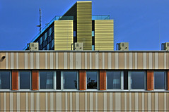 Bauwerk (HDR) (Rdiger Stehn) Tags: germany deutschland europa architektur bauwerk gebude kiel schleswigholstein norddeutschland mitteleuropa profanbau canoneos550d