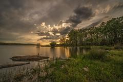 AMP_5644_1 (Amparo Hervella) Tags: longexposure sunset espaa cloud naturaleza reflection nature water landscape atardecer spain agua nikon paisaje reflejo nube largaexposicin embalsederosarito d7000 nikond7000