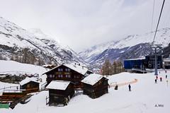 Base of Matterhorn Express (A. Wee) Tags: mountain alps switzerland skiresort gondola zermatt express matterhorn