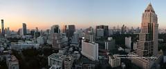 Bangkok, Lumpini, Sunset panorama (blauepics) Tags: city light sunset panorama sun architecture buildings thailand gold golden licht sonnenuntergang skyscrapers bangkok goldener thai stadt architektur sonne gebude lumpini hochhuser