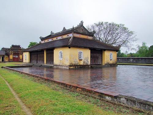 hue - vietnam 56