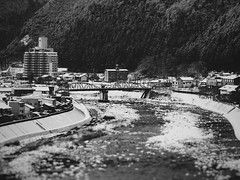 Hida River in Gero, Japan (Jon-F, themachine) Tags: trip travel winter vacation blackandwhite bw water monochrome japan river asian asia waterfront sightseeing olympus monochromatic rivers gero  trips nippon japo traveling grayscale oriental orient fareast   gifu  bodiesofwater bnw waterside nihon omd hida  japn 2016      m43  mft    gifuken bodyofwater      mirrorless   micro43 microfourthirds  ft jonfu  mirrorlesscamera snapseed   em5ii em5markii