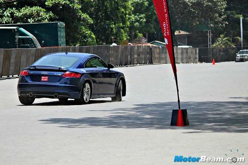 2015-Audi-Sportscar-Experience-09