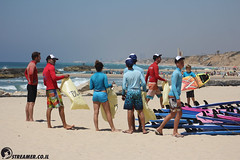 IMG_8740 (Streamer -  ) Tags: ocean sea people green beach nature students ecology up israel movement garbage sunday north group young cleanup clean teen shore bags  nonprofit streamer  initiative enviornment    ashkelon          ashqelon   volonteers      hofit