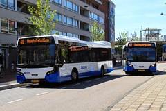 GVB Citea buses 1460 (line 40) and 1468 (line 41), Muiderpoortstation (Don Maskerade) Tags: reflection bus autobus standaard amsterdamoost gvb muiderpoort vdl 1460 citea insulindeweg 1468 muiderpoortstation