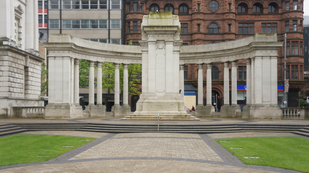 A VISIT TO BELFAST CITY HALL [ MAY 2015] -104758