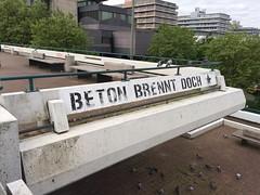 Beton brennt doch (Like_the_Grand_Canyon) Tags: germany deutschland graffiti german uni bochum ruhr rub deutsch