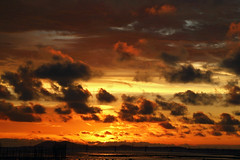 Castles in the sky (Robyn Hooz) Tags: sunset sea clouds tramonto nuvole mare horizon tanjung orizzonte belitung