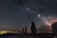 Menhirs Lacts. (f.ray35) Tags: sky france st way stars rouge bretagne just ciel milky nuit voie toiles menhir astrophotographie lacte 35660