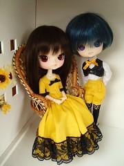 Karen & Daniel - vocaloid collection (Lunalila1) Tags: yellow outfit doll dress handmade daniel dal karen collection ciel groove carmen rococo urasawa costura junplaning dotori vocaloid balastegui