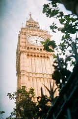 Love Serenade (Mlanie.Eugnie) Tags: london clock film bigben clour