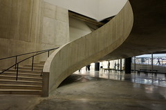 (aka Jon Spence) Tags: london art architecture stairs gallery curvy tatemodern staircase extension curved curvaceous switchhouse