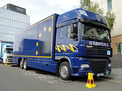 The Vamps UK Arena Tour 2015 Stardes Tour Truck (5asideHero) Tags: uk truck tour space cab super arena 105 l6 sta daf the xf vamps 2015 stardes