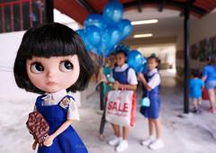 Ok OK........I will help sell balloons when I finish my ice cream!!!