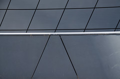 _DSC3110 (adrizufe) Tags: wall grey gris nikon ngc sombra durango basquecountry lineas abadio estaciontren inacabado trengeltokia nikonstunninggallery aplusphoto d7000 adrizufe